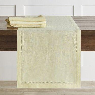 Light yellow table runner