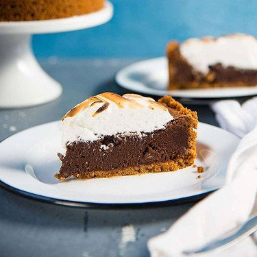 The Flavor Bender Fudgy S'mores Brownie Pie