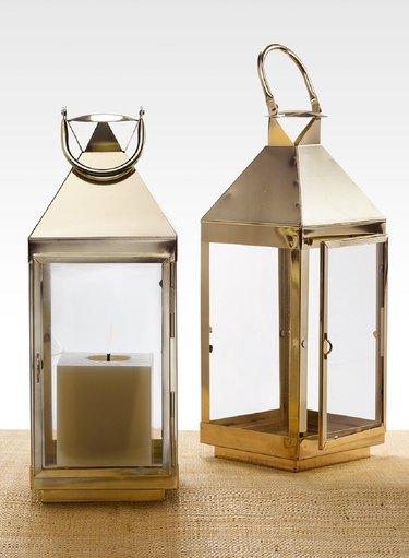 Beachcrest Home Metal Lantern