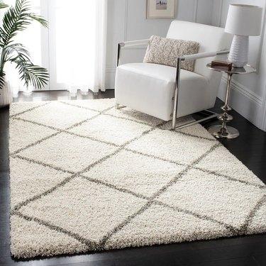 Diamond patterned rug