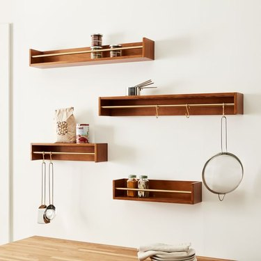 Bekins Reversible 18-inch Shelves