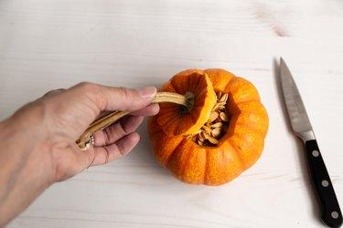 how to make pumpkin candles