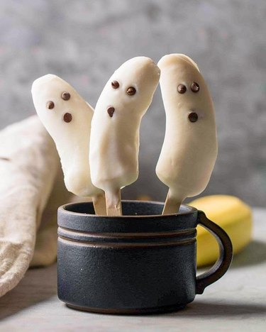 Lifestyle of a Foodie Frozen Banana Ghosts