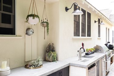 DIY Outdoor Kitchen Designs and Construction Guide