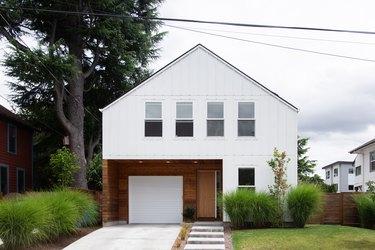 Modern traditional home exterior ideas