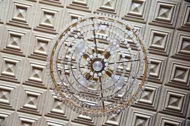 antyque crystal lamp