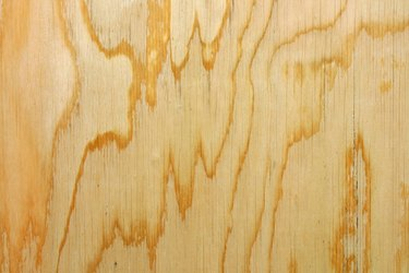 Smooth plywood