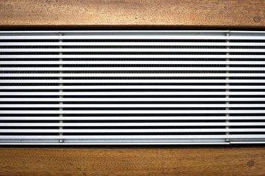 Metal heating unit