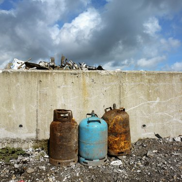 damaged cylinders for recycling