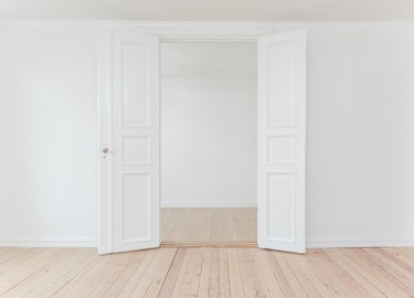 empty apartment move-in condition