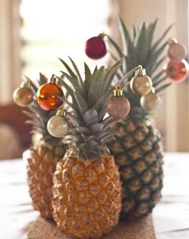 christmas tree alternative pineapple