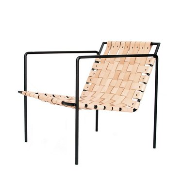 iron frame lounge chair