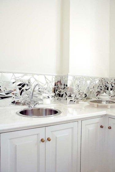 mirror backsplash