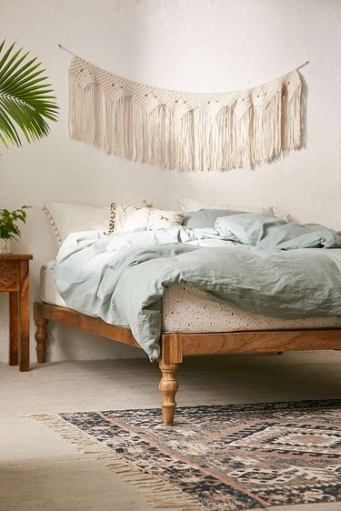 Farmhouse Chic Bedroom Ideas with Bohemian Platform Bed
