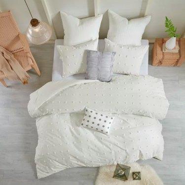 polka dot comforter