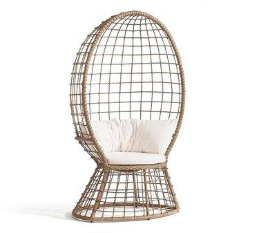 wicker peacock chair