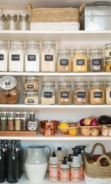 How to Organize a Pantry with organized pantry jars