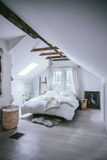 """How to Style a """"Dead Zone"""" Space"""