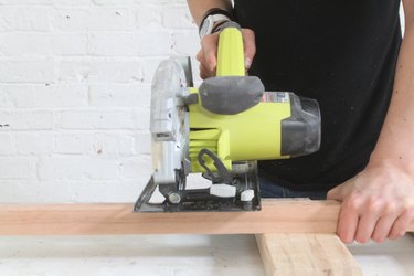 Cutting the baluster