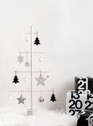 christmas tree alternative dowel tree
