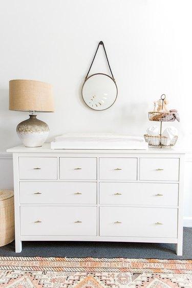 minimal gold drawer pulls on dresser