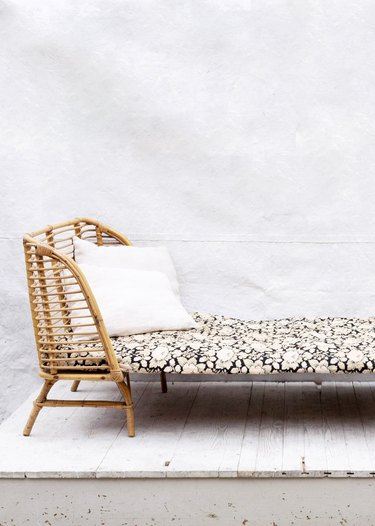 rattan daybed