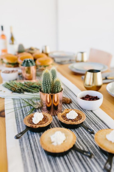 succulents thanksgiving table