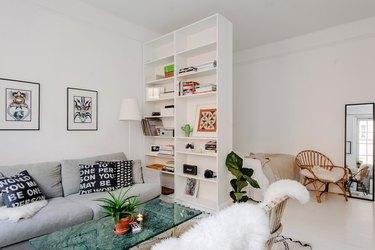 bookcase divider