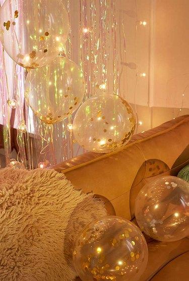 gold confetti balloon set