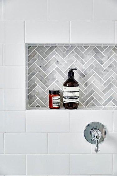 Tile Ideas for Small Bathrooms