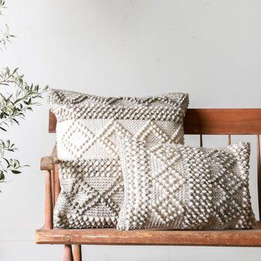 Farmhouse Chic Bedroom Ideas with accent pillows