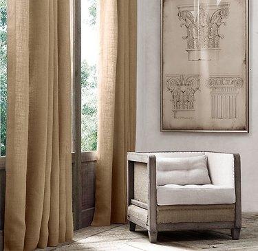 Farmhouse Chic Bedroom Ideas with burlap curtains