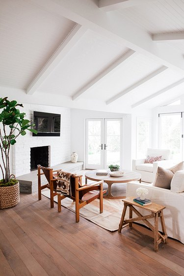 white ceiling beams