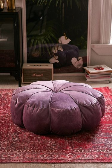 Ways to Decorate With Velvet This Fall