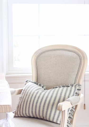 Bergere arm chair