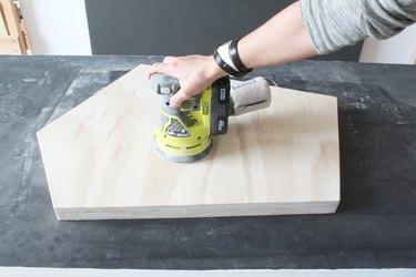 Sanding the tabletop