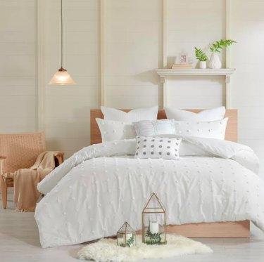 affordable comforter