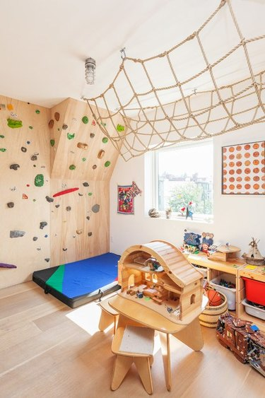 playroom jungle gym