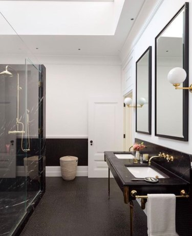 This Is Why the Black Bathroom Trend Should Be a Forever Trend