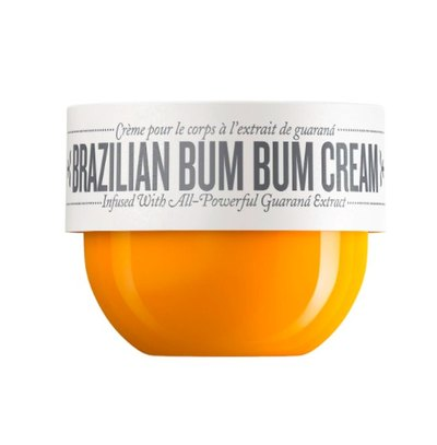 This luxurious body cream melts into skin with an award-winning formula infused with powerful, caffeine-rich guaraná and a Brazilian blend of skin-loving ingredients. Smooths skin and brings a soft shimmer for that coveted Brazilian Bum Bum Cream effect and absolute body joy. Scented with addictive notes of salted caramel and pistachio.
