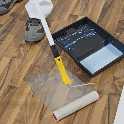 How Long for Polyurethane to Dry on Wood Floors?