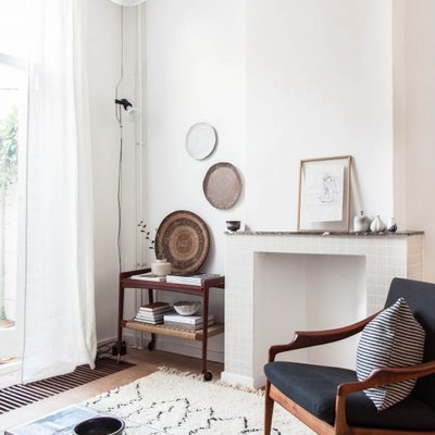 7 Ways to Make Your Living Room Seem Larger