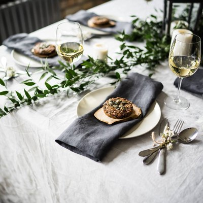 dark gray linen napkin set