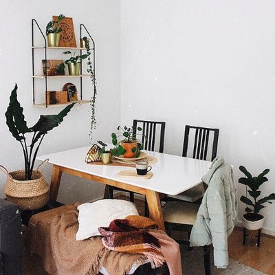 This Tiny Dining Area Is Big on Comfy, Boho Vibes