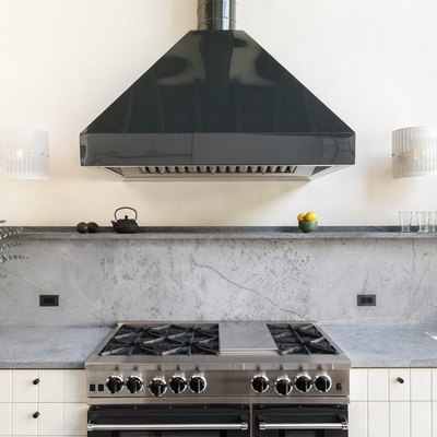 All We Want Are These 8 Kitchens With Gray Countertops