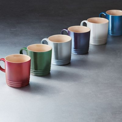 le creuset metallic mugs