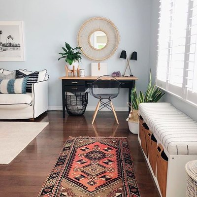 This Is How to Create a Charming Office With Just a Few Square Feet