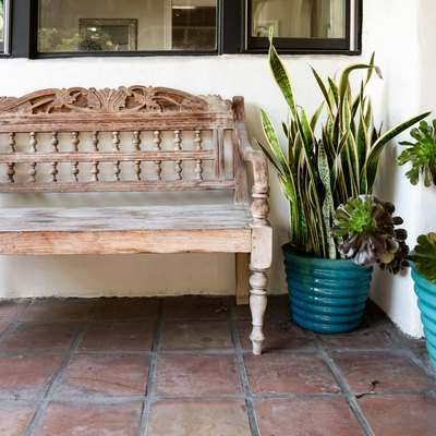 outdoor tile by entryway