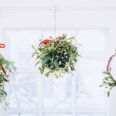 3 ways to make mistletoe