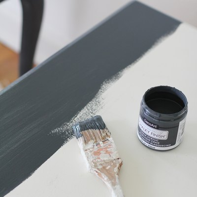 Painting table with chalk paint
